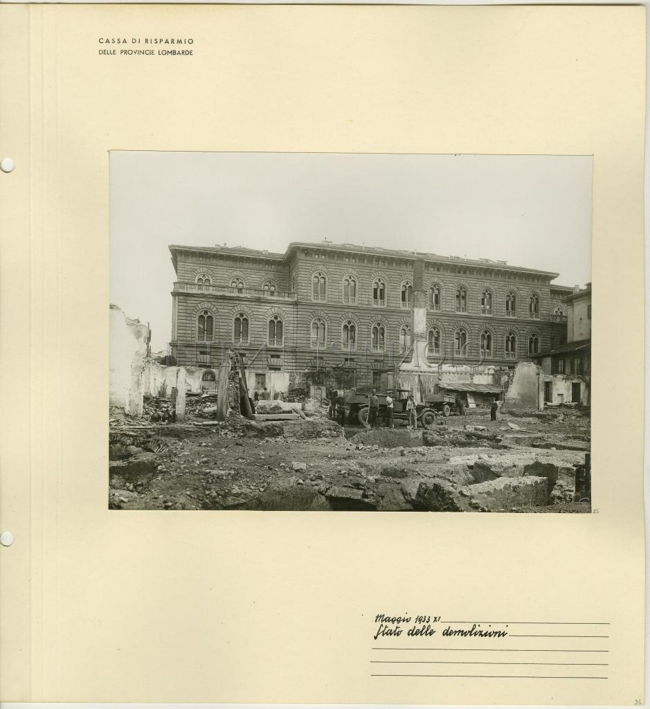 Cariplo Palazzo Delle Colonne Via Verdi 8 Costruzione